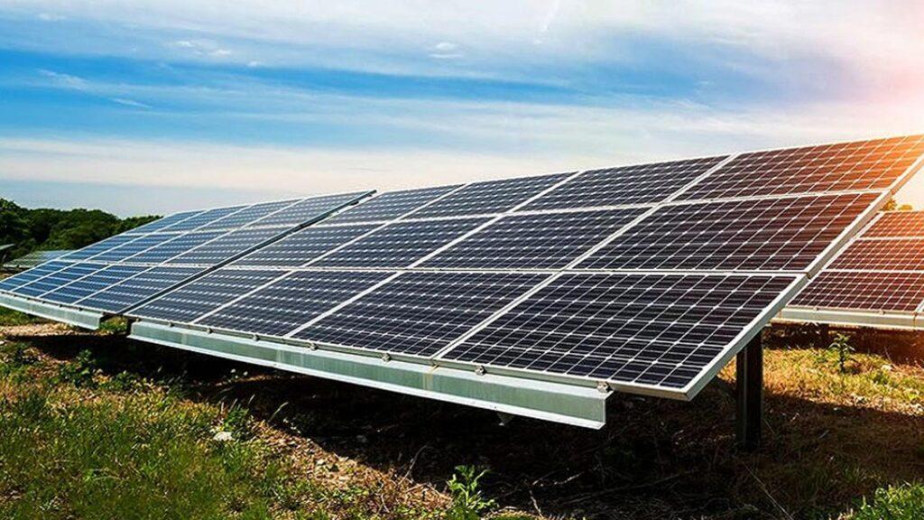 Placas solares de energia fotovoltaica